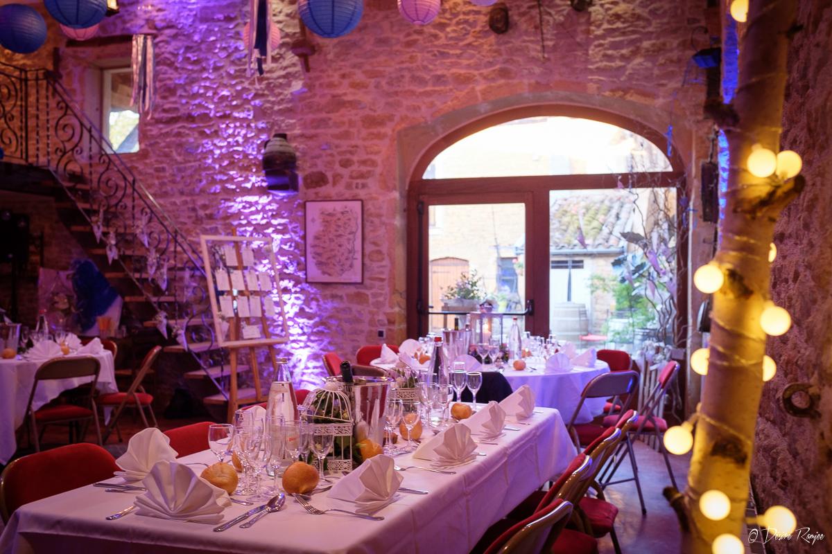 Tables décorées pour un mariage