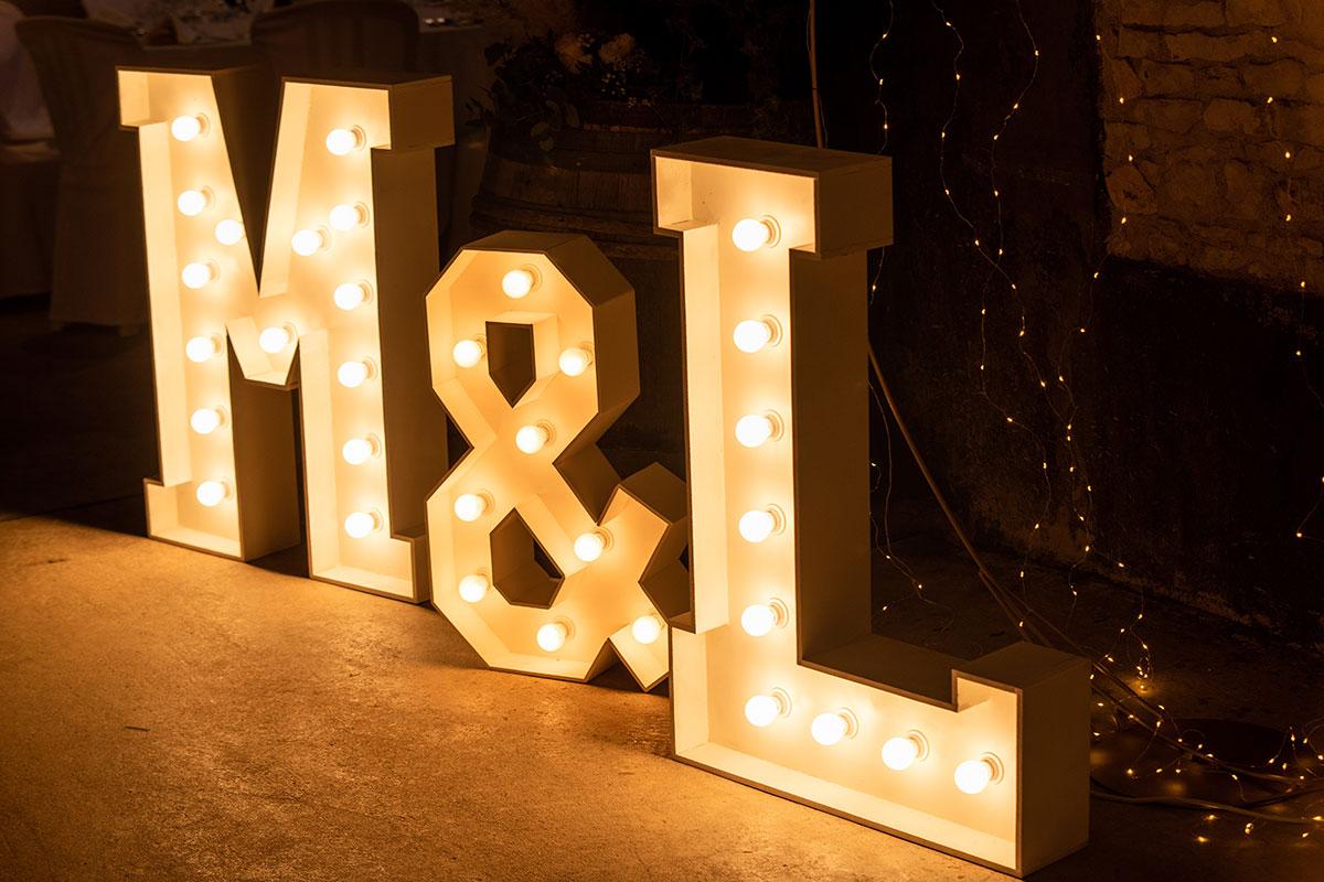 Lettres lumineuses - M & L